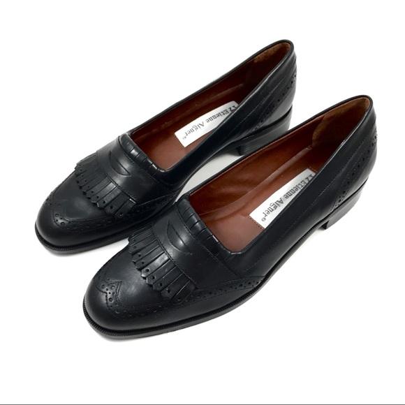 563ccf3bc9e40 NWOT vintage ETIENNE AIGNER black leather loafers